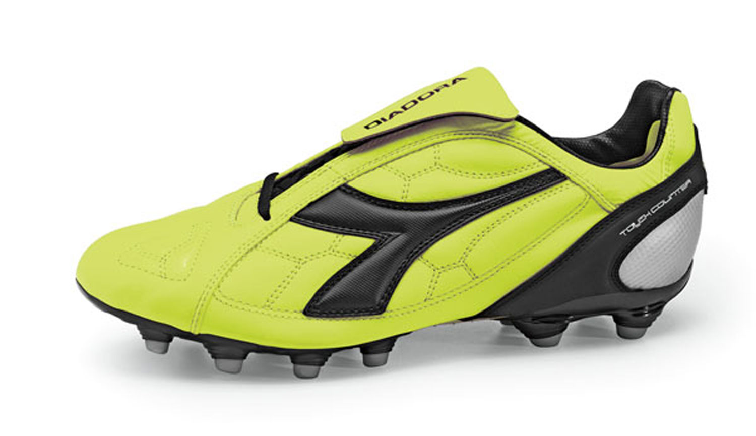 Diadora DD 11 soccer cleats in green