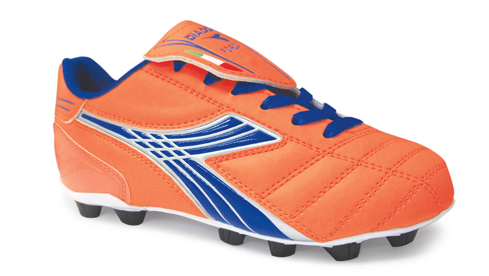 Diadora forza soccer cleats for kids in orange